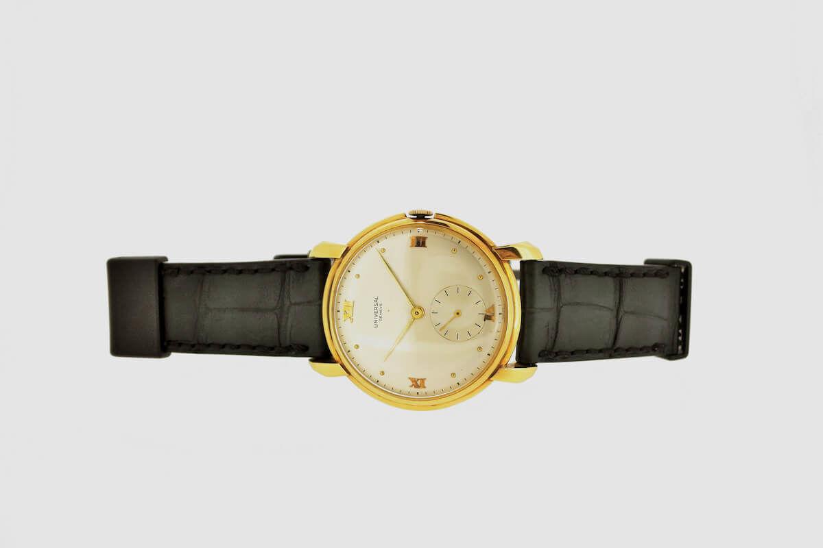 正面から見たジャン・ルソー「wena wrist active』搭載ベルト