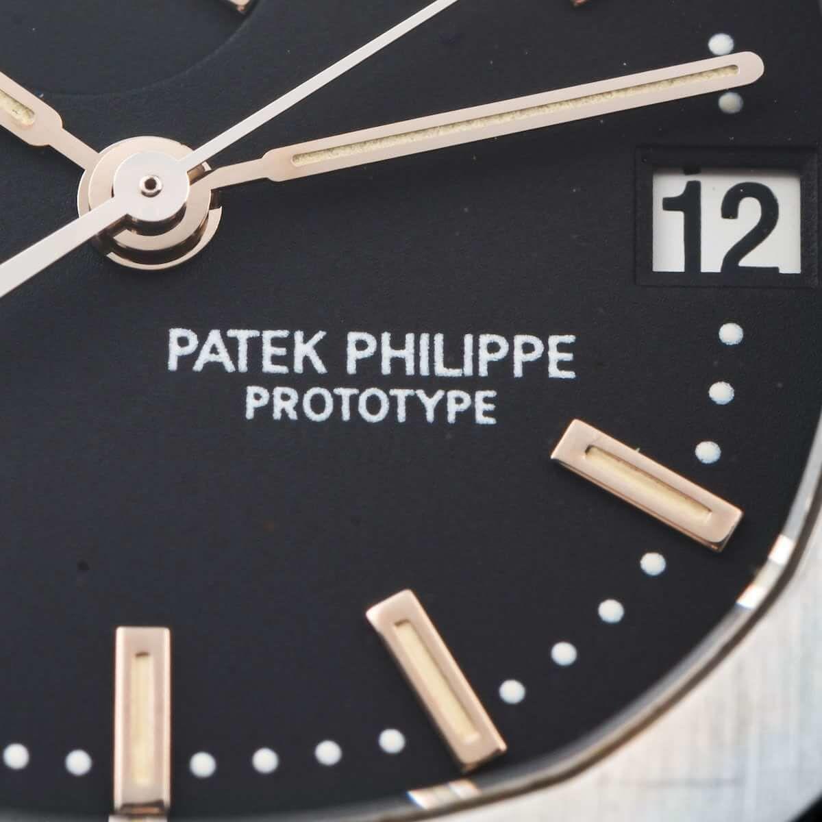 """パテック フィリップ アクアノート Ref.5060 プロトタイプの文字盤上の""""PROTOTYPE""""の印字"""