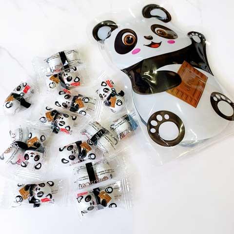 パンダの中からこんにちは!パンダチョコがたくさん登場!