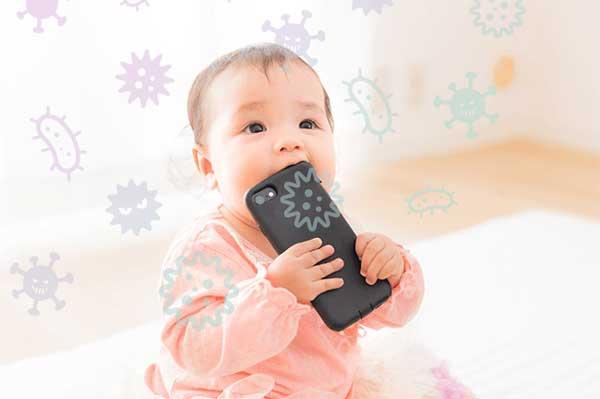 """欲しかったのはコレ!充電しながら99%UV除菌""""スマートクリーナー""""で赤ちゃんも安全♪"""