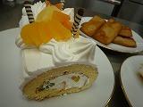 ロールケーキとフィナンシェ
