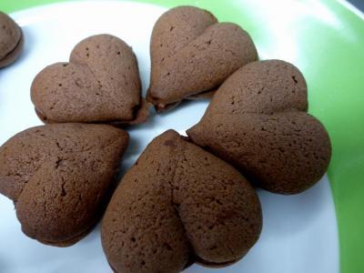ヴァローナ エクアトリアールを使ったハートのクッキー