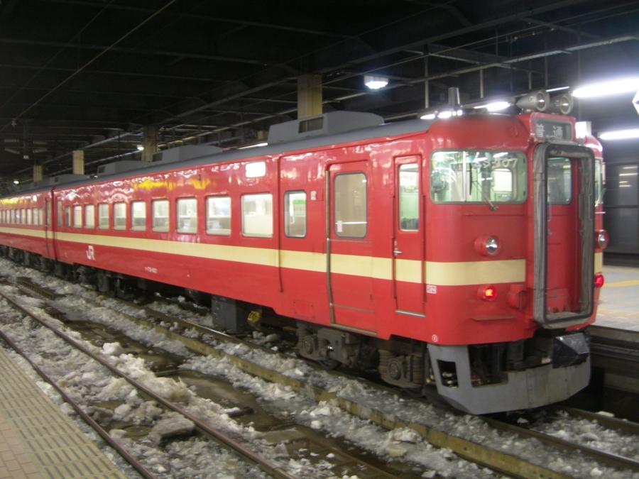 クハ711-107@札幌駅