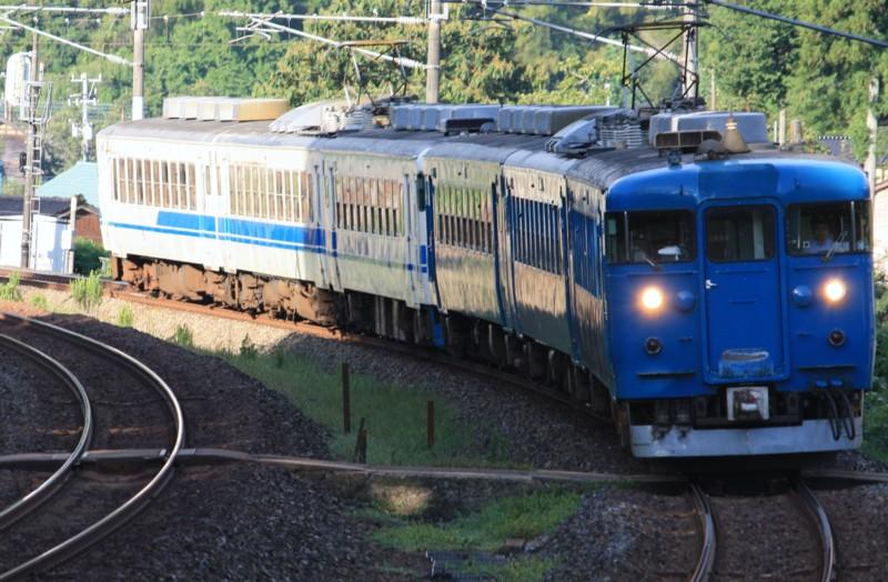 北陸本線 普通列車(431M) 475系@津幡~倶利伽羅