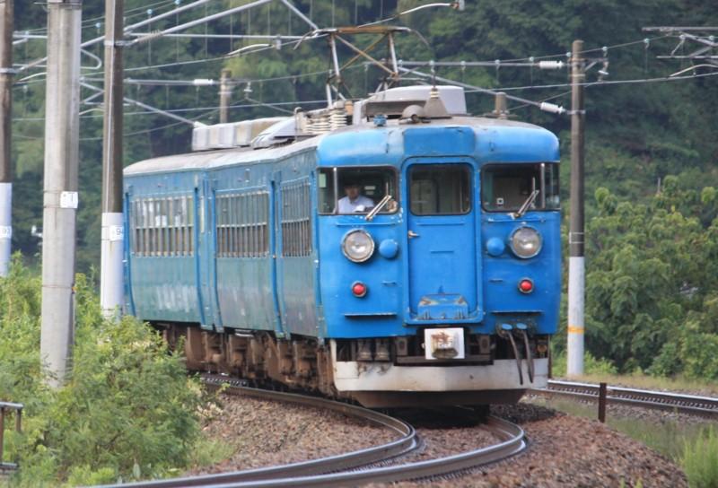 北陸本線 普通列車(524M) 475系@津幡~倶利伽羅