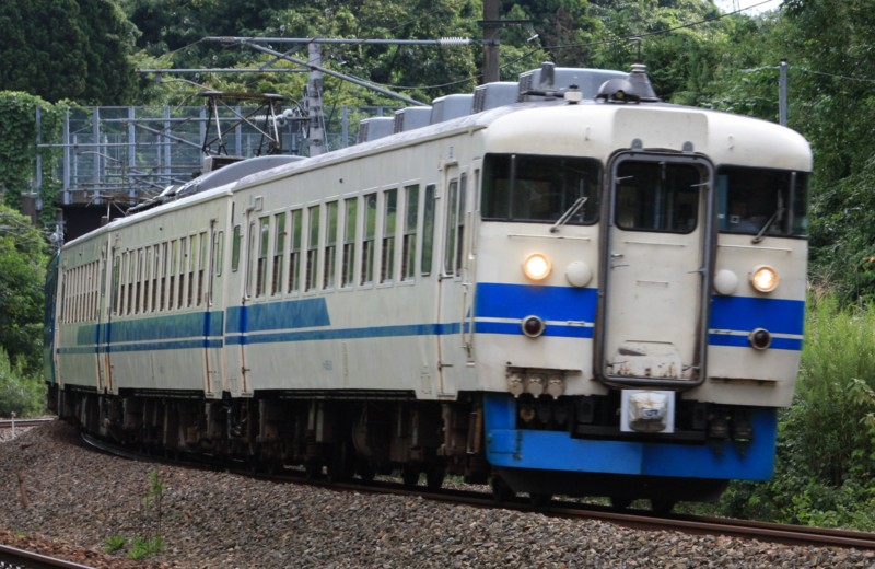北陸本線 普通列車(526M) 475系@津幡~倶利伽羅