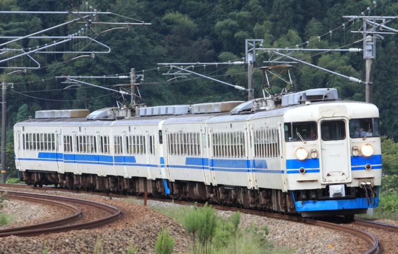 北陸本線 普通列車(437M) 475+413系@津幡~倶利伽羅