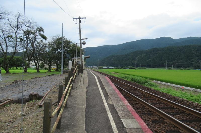 JR西日本 越美北線 市波駅