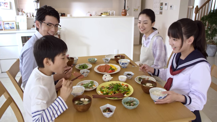 沖縄 テレビCM チューリップポークCM