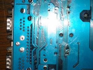 コンデンサ修理後のマザーボード(裏側)