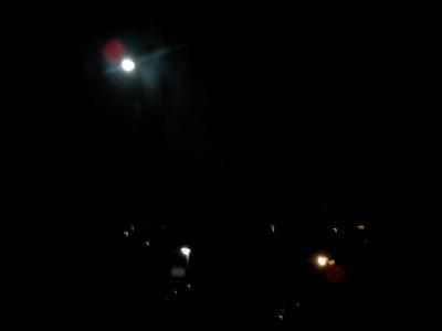 新居から見える月(十五夜)