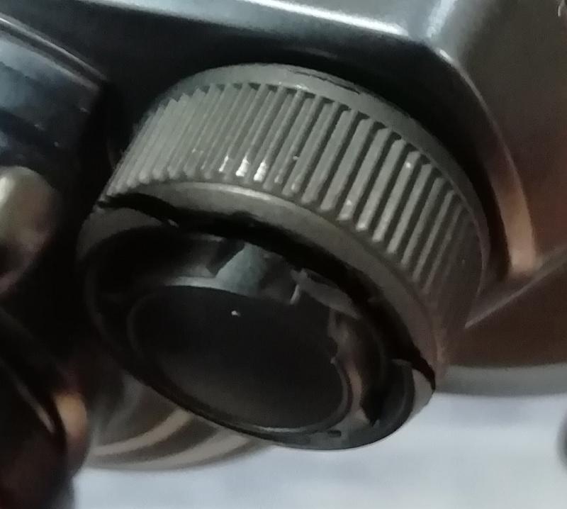 壊れたメカニカルブレーキ