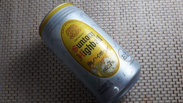 サントリー缶「角ハイボール」ALC.7%の外見