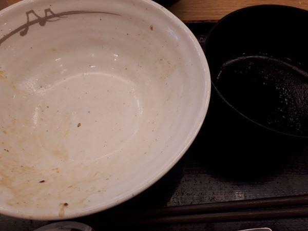 松屋本日発売「牛と味玉の豚角煮丼」を完食