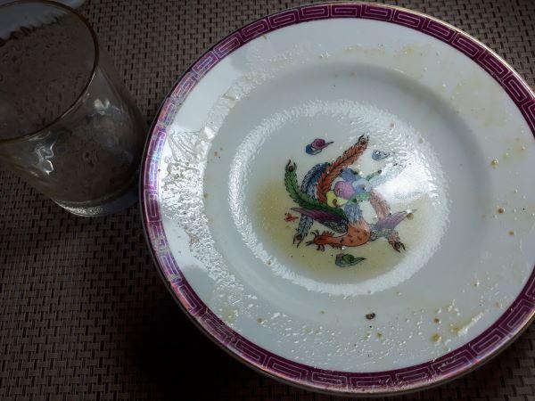 餃子の王将10月限定「あんかけ焼きそば2019」を食べているところ