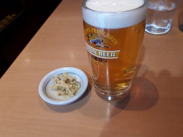 ビールを飲むところ