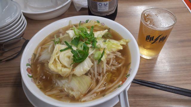 【餃子の王将】2021年3月限定「野菜煮込みラーメン」を食べるところ(オリジナル写真)