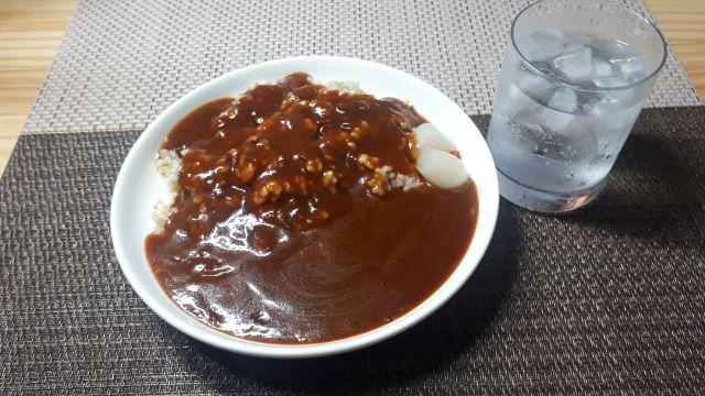 【業務スーパー】Hachi(ハチ食品)「たっぷり ハッシュドビーフ」を食べる(オリジナル写真)