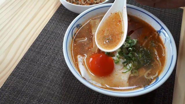 【みそラーメン レシピ】スープは混ぜるだけで超簡単!直ぐ出来て、おいしいよ^^ (オリジナル写真)