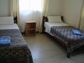 「ハイビスカス」ホテルの一室