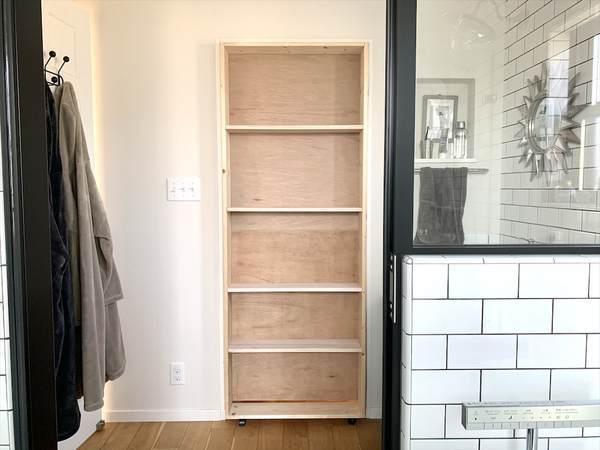 ランドリールームを隠し部屋にする秘密のドアをDIY〜ドア問題解決編〜