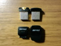 右、USBメモリ 左、microSDアダプタ