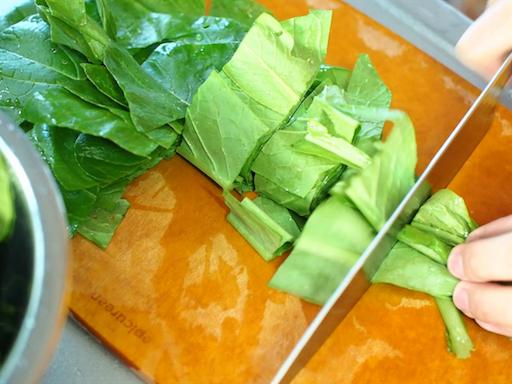 小松菜のざく切り