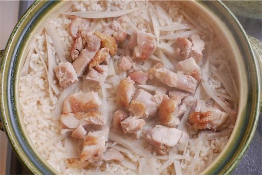鶏ごぼう炊き込みご飯の炊き上がり