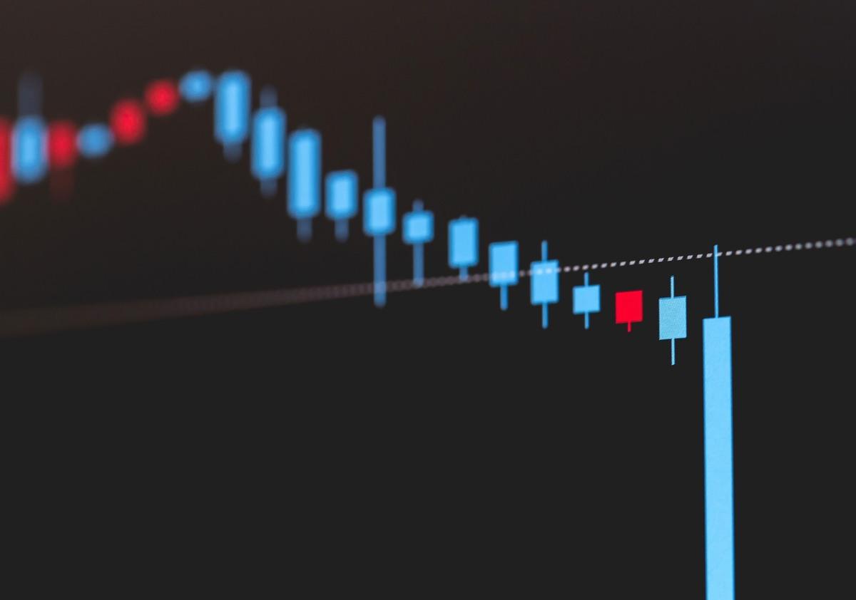 株価暴落のイメージ