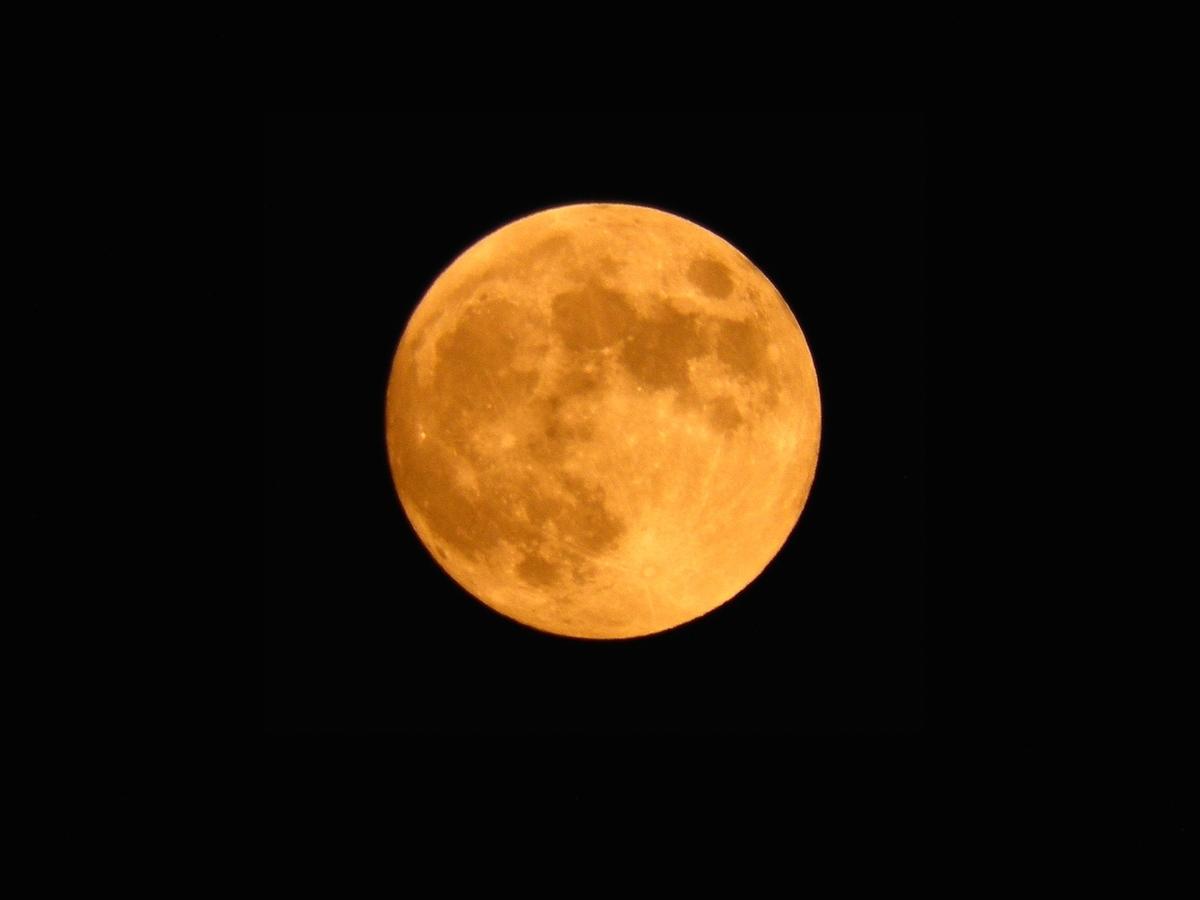 2019年7月17日の満月の写真