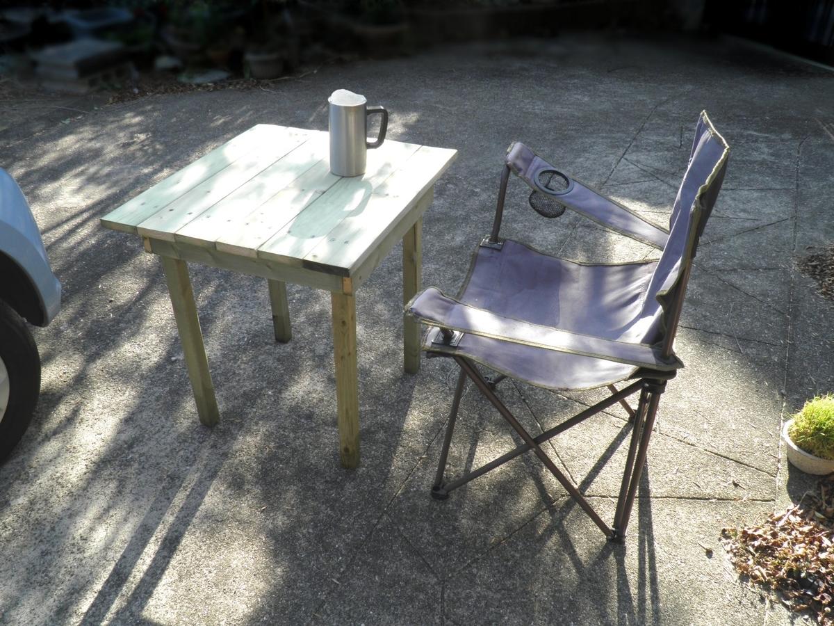 完成したテーブルの写真