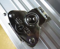 アルミケース ロータリー錠