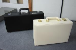 包丁ケースと美容器具収納ケース