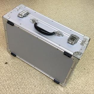 特注アルミケース デジタル無線機収納ケース