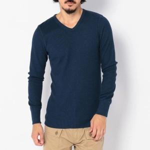 ネイビーのロングTシャツ