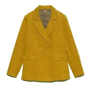 イエローのジャケット