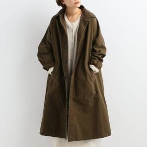 ブラウンのコート