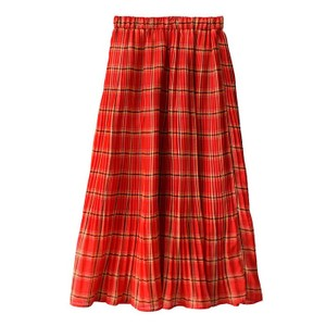 チェック柄スカート