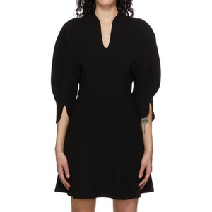 黒いショートドレス