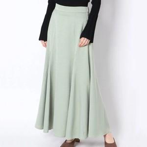 ミント色のスカート