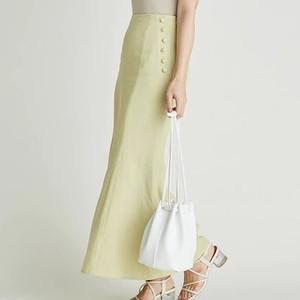 ライム色のスカート