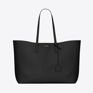 黒いレザートートバッグ