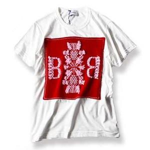 パッチTシャツ