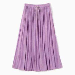 パープルのロングスカート