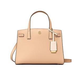 ピンクのハンドバッグ