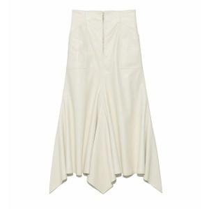 白いデニムスカート