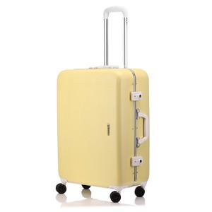 イエローのスーツケース