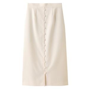 白いボタンスカート