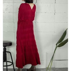 赤いワンピース