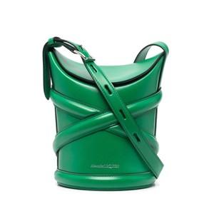 グリーンのレザーバケットバッグ